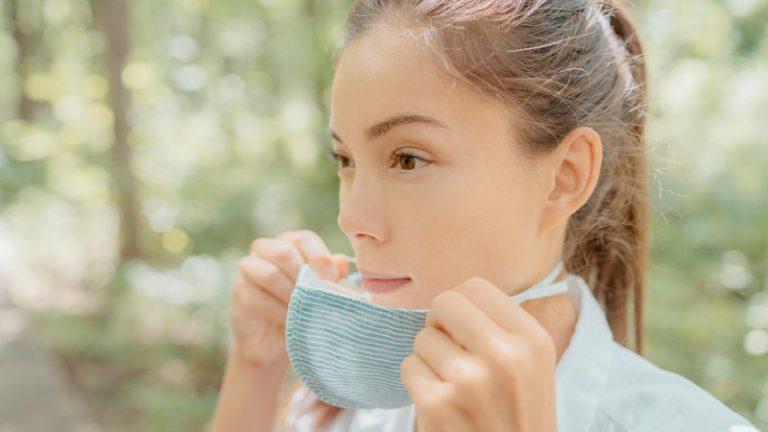 Maskne Dan Meningkatnya Pasar Acne Treatment